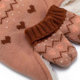 Шапка с ръкавички