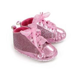 Лъскави розови бебе кецове